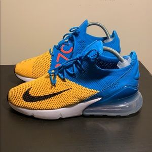 Nike Air Max 270 Flyknit AO1023-800 Size 10